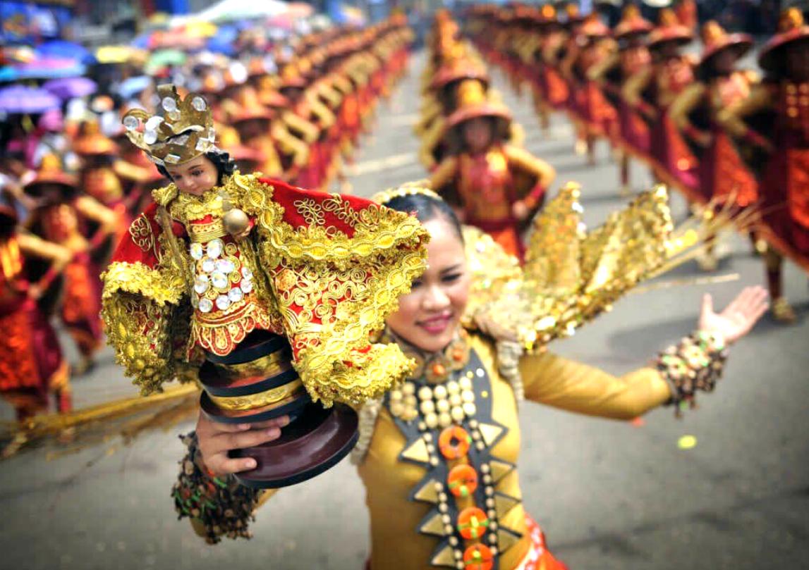5 reasons why you should visit cebu for sinulog 2015 kit gabucan